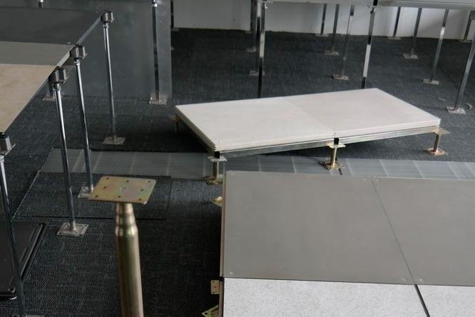 高支架防靜電地板