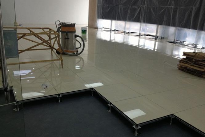 防静电瓷砖地板(黄聚晶)1