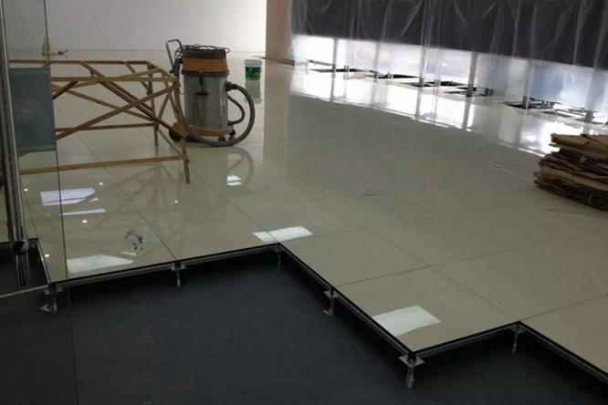 防静电瓷砖地板(黄聚晶)4